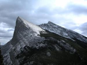 Ha_Ling_Peak